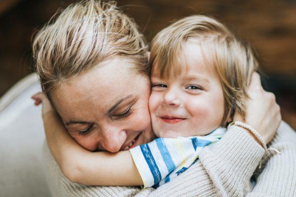как оставить ребенка проживать с матерью