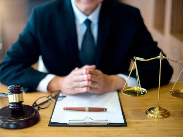 поиск юриста