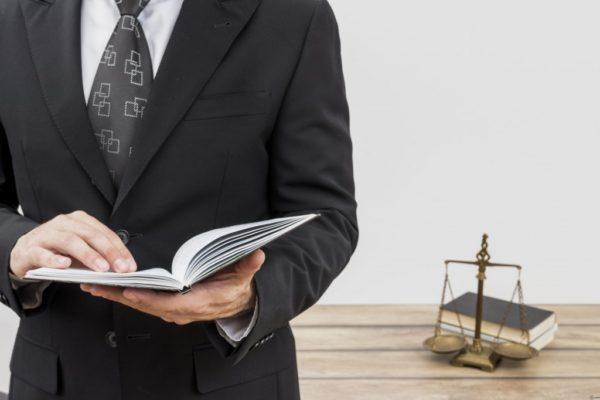 найти бесплатного юриста